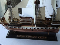 """Модели кораблей для склеивания Фрегат """"Ашерон"""""""